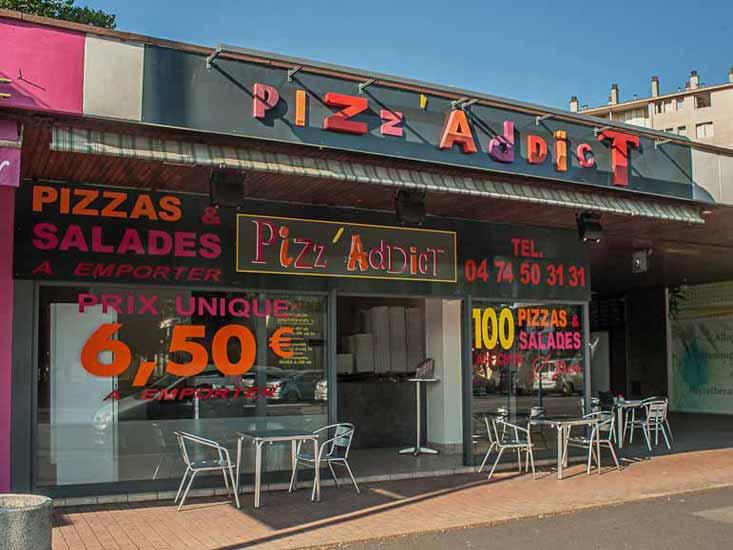 Façade pizzéria Pizz'Addict 13Bd Joliot Curie Bourg en Bresse